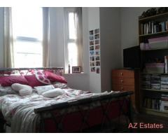 Bed rooms available BILLS INCLUDED, close to all amenities,transport,hospital Didsbury, metro link