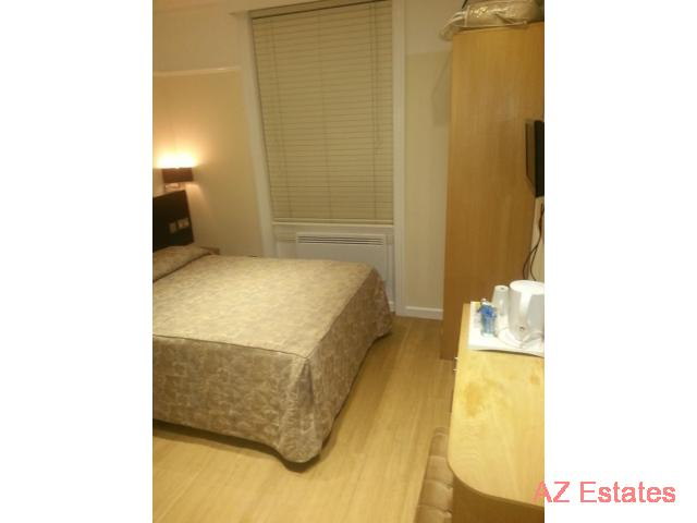NICE DOUBLE ROOMS FOR RENT IN CENTRAL LONDON AND 2 BEDROOM FLAT TO RENT In same area