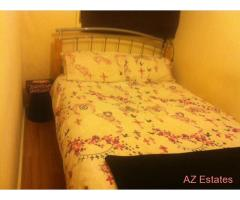 Nice single room in 2 floor flat in Bermondsey, close to underground and buses!!