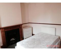 2 rooms available £325 PCM all bills inc