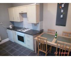 Double room within 4 bedroom house share- £299