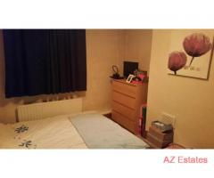 FEMALE house share. 1 spacious double room. Available 24/02/2014