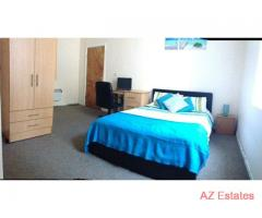STUDENT ACCOMMODATION EN-SUIT ROOMS BILLS INCLUDED
