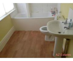 2 Bed rooms in house share,Victoria Park,large rooms close to Uni,City Centre,2 wash rooms 2015