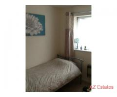 Single room to let in Whalley Range - bills included - modern clean house