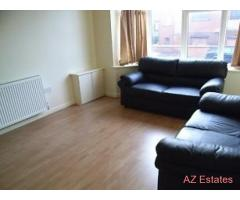 7 BED STUDENT HOUSE. ALL ROOMS WITH ENSUITE AND DOUBLE BED, no need to share toilets/bathrooms!