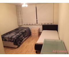 Twin Room Share for Females in Caledonian Road & Close to Kings Cross & All Inclusive