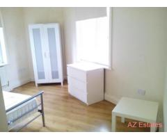 Excellent Room Available on TONG ROAD in a Clean and Modern House! Must view!!