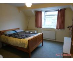 ROOM TO RENT IN GOLDERS GREEN, MINUTES FROM STATION AND SHOPS